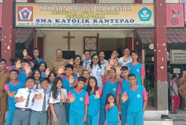 BNNK Tana Toraja Tes Urine 100 Siswa SMAN 2 Toraja Utara Dan SMA Katolik Rantepao