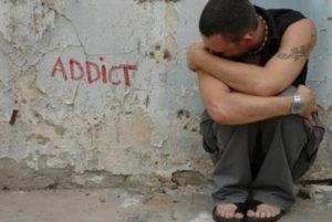 Kenali tanda - tanda kecanduan narkotika sejak dini dan cara mengatasinya