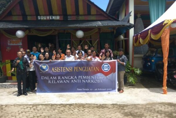BNNK Tana Toraja Kukuhkan 30 Relawan Anti Narkoba